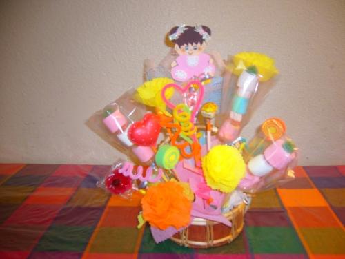 Centro de mesa fiestas infantiles imagui for Mesas fiestas infantiles