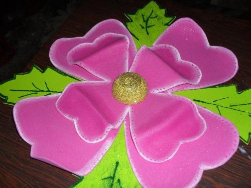 Imagen flores grandes en foami - grupos.emagister.com