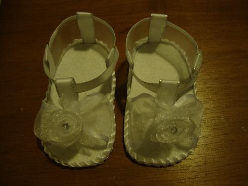 Imagen zapatillas blancas para bebe - grupos.emagister.com